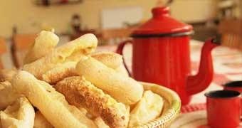 Café da Manhã da Fazenda - Hotel Pousada Terra Santa